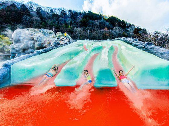 ¡El segundo baño de impacto 560x420 tiene algo de diversión, comida y relajación en las aguas termales de Evangelion!