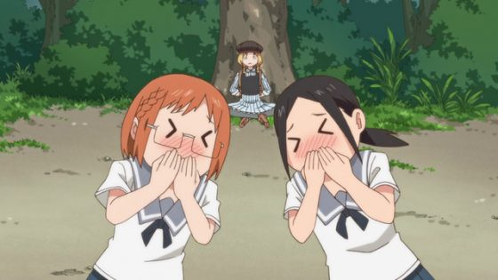 Chio-chan-no-Tsuugakuro-manga-352x500 5 escenas divertidas de Chio-chan-no-Tsuugakuro